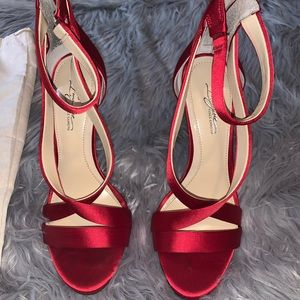 Size 8 Vince Camuto Strappy Sandal